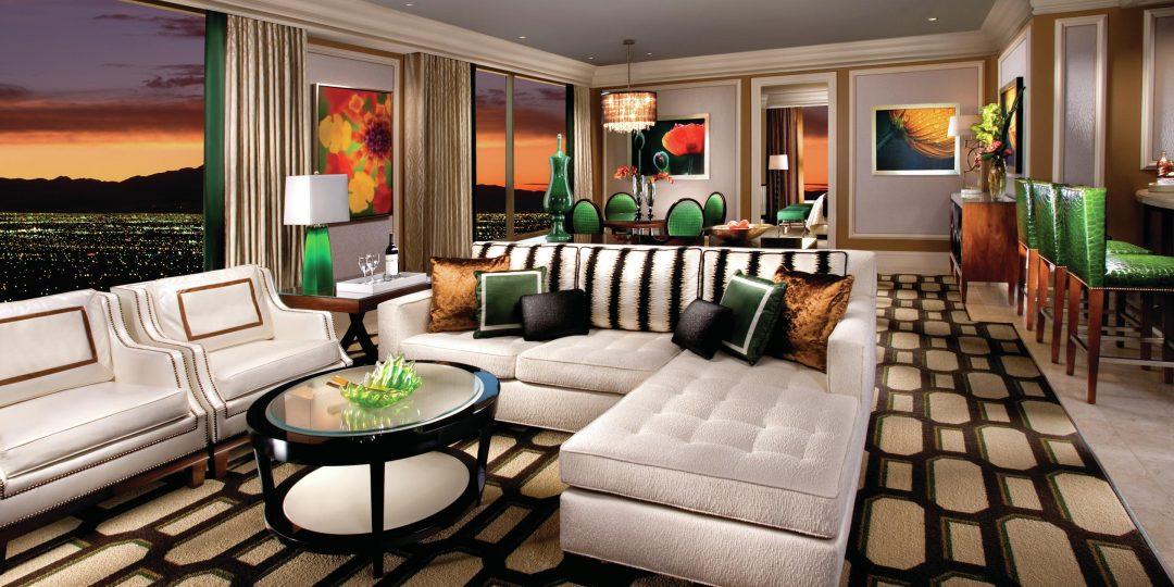 http://lasvegassuites.com/wp-content/uploads/2016/02/bellagio-hotel-penthouse-suite-living-room-1080x540.jpg
