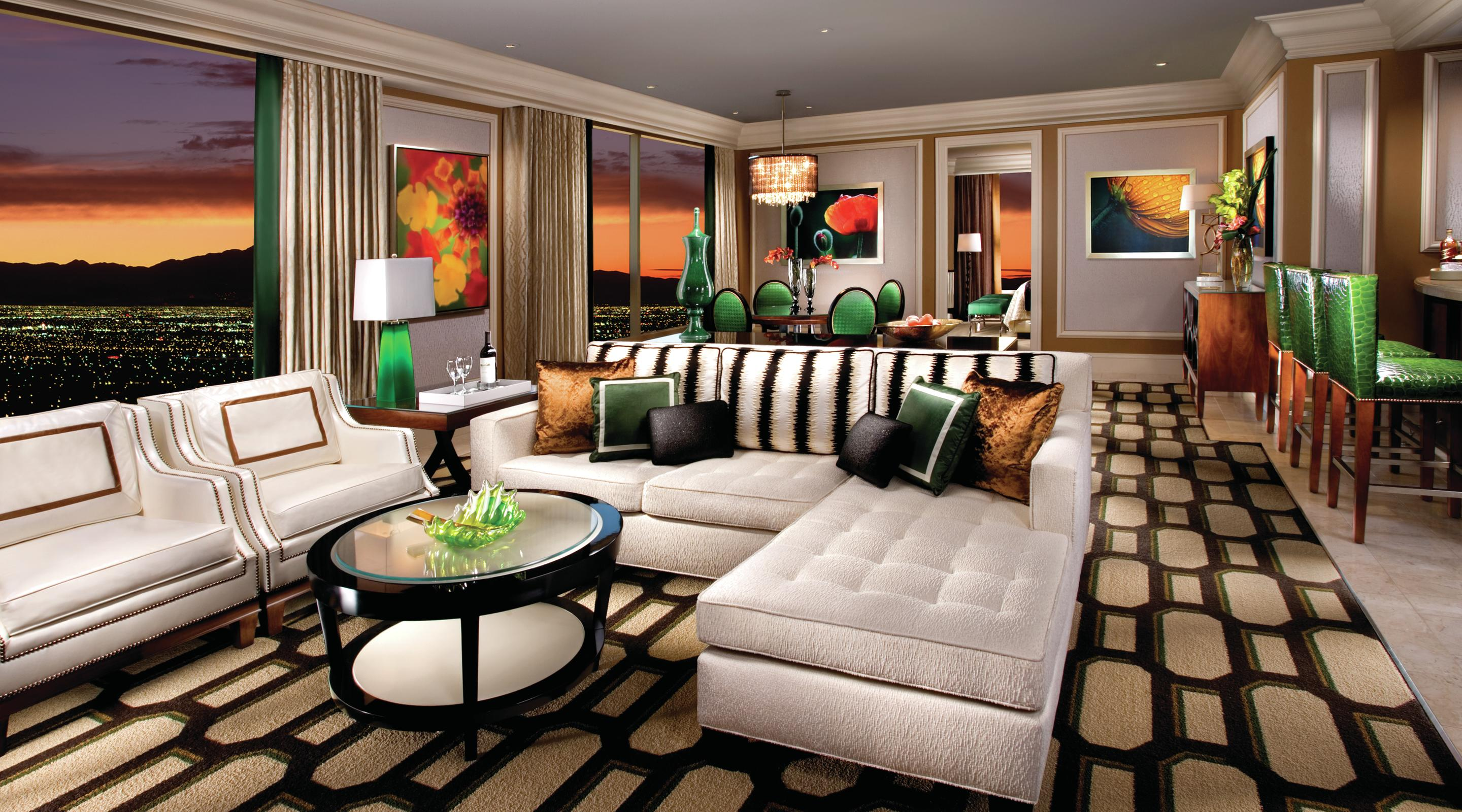 http://lasvegassuites.com/wp-content/uploads/2016/03/bellagio-hotel-penthouse-suite-living-room.jpg
