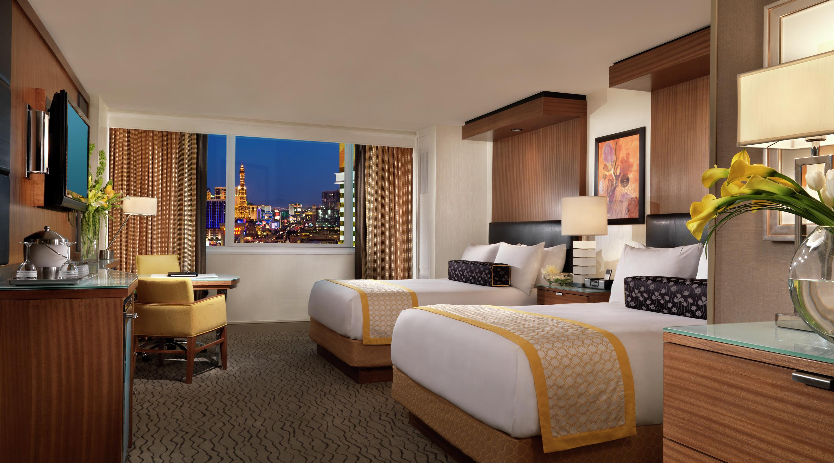http://lasvegassuites.com/wp-content/uploads/2016/03/mirage-hotel-architectural-resort-tower-queen.jpg